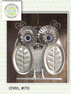 Tin Can Crafts, Bird Crafts, Crafts To Do, Tin Can Art, Tin Art, Recycled Metal Art, Recycled Crafts, Garden Owl, Owl Fabric