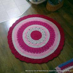 crocheted rug Rugs, Crochet, Home Decor, Farmhouse Rugs, Decoration Home, Room Decor, Chrochet, Crocheting, Knits