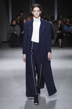 Invited by WHITE MILANO as a special guest, Irakli Rusadze unleashed acollection marked by sexy sartorial ensembles that featured daringnecklines and body-hugging trousers. [CONTINUE RE...