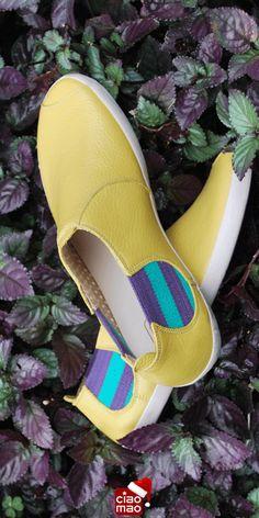 Fica bem embaixo de qualquer árvore... - Tênis feminino VYRBOLA - Women's sneakers - www.ciaomao.com