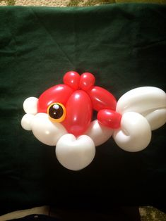 Balloon Fish, Balloon Toys, Balloon Dress, Balloon Bouquet, Ballon Animals, Animal Balloons, Baloon Art, Twisting Balloons, How To Make Balloon