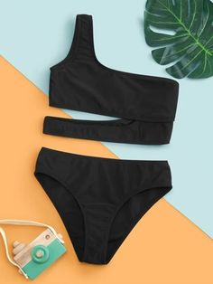 Bathing Suits For Teens, Summer Bathing Suits, Cute Bathing Suits, Girls Fashion Clothes, Teen Fashion Outfits, Girl Outfits, Pretty Swimsuits, Women Swimsuits, Mode Du Bikini