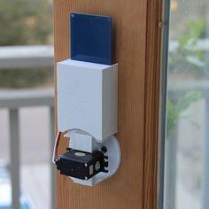 Creating an NFC door lock with the Qduino Mini. #Atmel #NFC #QduinoMini…