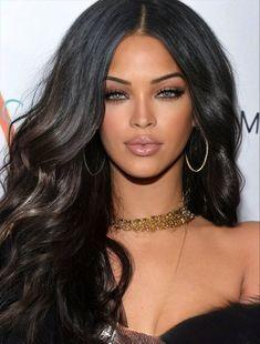 Pretty Blue Eyes, Lovely Eyes, Beautiful Black Women, Beautiful People, Rihanna Face, Celebrity Faces, Face Photography, Smart Women, Divas