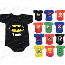Kit 12 Body Infantil Mês A Mês Mesversario Herois  Batman Moldes Para Baby Shower, Monthly Baby Photos, Baby Dress Design, Babies First Year, Gold Print, God Of War, Baby Month By Month, Baby Care, Baby Boy Outfits