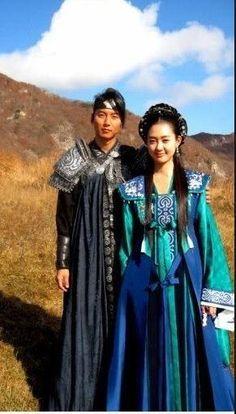 The Great Queen Seondeok - Lee Yo Won & Kim Nam Gil