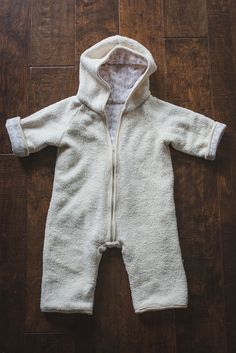 When Rachel from Stitched in Color posted about this Sherpa Fleece jumpsuit for her baby girl (coming soon! Swaddle Wrap, Baby Sewing Projects, Grandchildren, Baby Kids, Organic, Stitch, Hoodies, Journals, Fabric