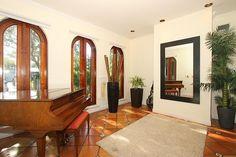 662 Glenridge #KeyBiscayne Foyer