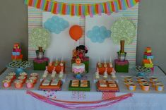 Lalaloopsy Theme: The Dessert Table's Background & Decorations