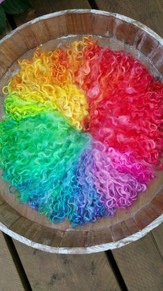 Dyed wensleydale lamb locks. Rainbow. Colorwheel made by monique van Groningen