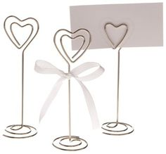 Handmade DIY Presents don't need to be complicated to be beautiful. - DIY and Crafts, Gifts, Handmade Ideias - DIY and Crafts Ideias Wire Picture Holders, Photo Holders, Wire Crafts, Diy And Crafts, Wire Table, Art Du Fil, Card Table Wedding, Ideias Diy, Craft Corner