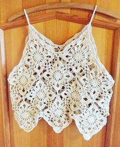 Discover thousands of images about Gypsy crochet / boho / festival / lace oversize top - Débardeurs Au Crochet, Gypsy Crochet, Pull Crochet, Mode Crochet, Crochet Crop Top, Cotton Crochet, Crochet Blouse, Crochet Braids, Crochet Summer Tops