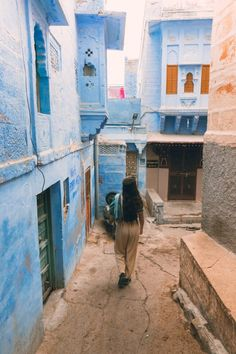Things to do in Jodhpur in One Day - One Day Jodhpur Itinerary – We Seek Travel Blog Stuff To Do, Things To Do, Old Things, Blue Neighbourhood, Blue Building, Booking Sites, Sun City, Rajasthan India, City Maps