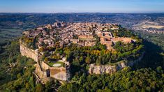 Orvieto (TR) from the sky. Aerial photo by Max Morriconi.