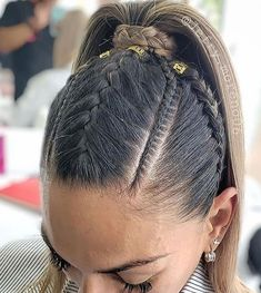 2019 braiding hair trends Which braid do you like the most? Sporty Hairstyles, Cool Braid Hairstyles, Girl Hairstyles, Medium Hair Styles, Curly Hair Styles, Natural Hair Styles, Cool Braids, Braids For Long Hair, Ponytail Styles