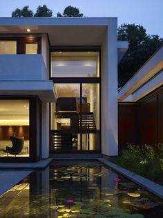 Water Details Seamless Transition Between Environments: The Fluid Home By Robbins Architecture