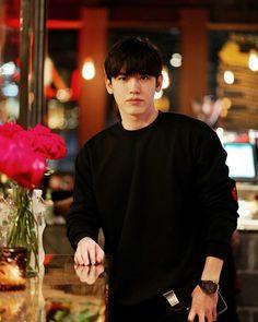 Thai Drama, New Instagram, Pretty Boys, Actors & Actresses, Handsome, Celebrities, Dramas, Dark Blue, Kiss