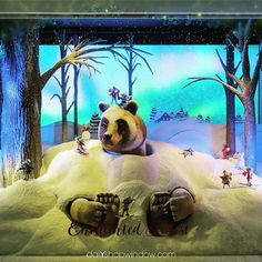 """LORD&TAYLOR, New York, """"Yes.....  another Enchanted Forest"""", pinned by Ton van der Veer"""