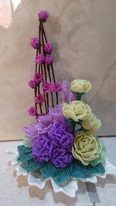 Beaded flowers  دسته گل منجوقی