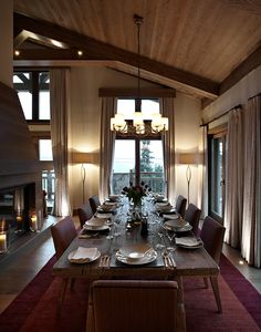 Chalet in Courchevel - Dining Room Chalet Interior, Interior Design, Burgundy Rugs, Cabin Curtains, Barn Kitchen, Chalet Style, Wooden House, My Dream Home, Building A House