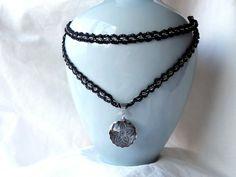 GotikART Halskette Rosette von Buntspechtin auf DaWanda.com