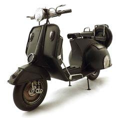 Miniatura de Moto Vespa Preta Oldway - Pneu Reserva - 30x20cm | Carro de Mola - Decorar faz bem.