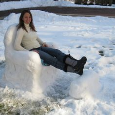 Making a Snow Chair: Easy Snow Sculptures