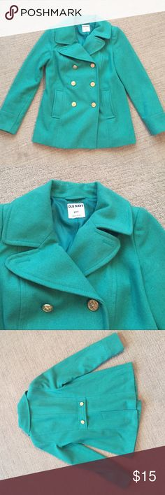 Military style pea coat Pod condition not perfect there is a dirty spot as shown in picture but it is not visible when wearing once you button up it's covered. Open to offers Old Navy Jackets & Coats Pea Coats