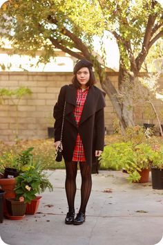 Sweets & Hearts Thanksgiving fashion and style: outfit featuring Boohoo red plaid shirt dress and waterfall coat, thrifted black oxfords, beret, quilted crossbody bag