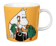 "Arabia's mug ""Moominmamma apricot"" (Muumimamma aprikoosi) with elegant shape and kind motif from the Moomin world. Charming pottery from Finland. Secure payments and worldwide shipping within 24 hours. Moomin Shop, Moomin Mugs, Moomin Books, Ceramic Tableware, Ceramic Mugs, Troll, Magic Bag, Moomin Valley, Tove Jansson"