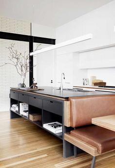 45 Attractive Kitchen Design Ideas With Industrial Style kitchen Classic Kitchen, Farmhouse Style Kitchen, Modern Farmhouse Kitchens, Home Decor Kitchen, Rustic Kitchen, Kitchen Interior, New Kitchen, Home Kitchens, Kitchen Ideas