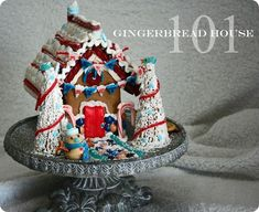 {Tutorial} Gingerbread House 101