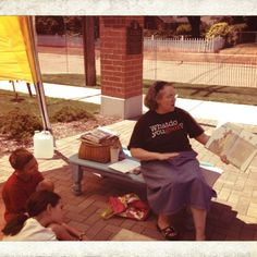 Ms Karen sharing a story at the Redford iArt Festival.