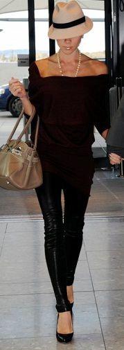 She's Amazing! victoria-and-david-beckham-london-heathrow-airport