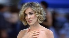 Outstanding Carrie Bradshaw Short Hairstyles And Love Her On Pinterest Short Hairstyles For Black Women Fulllsitofus