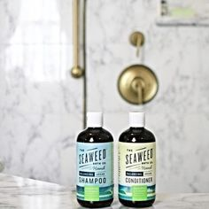 Shampoo made from seaweed? Now that's something we're definitely interested in. @seaweedbathco uses this naturally derived product as the secret ingredient for making their detoxifying and replenishing shampoo. Step aside sushi rolls, turns out seaweed is diving into our hair care routine for good.