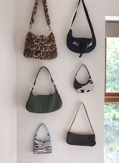 Aesthetic Room Decor, Aesthetic Clothes, Purses And Bags, My Bags, Indie Room, Accesorios Casual, Cute Room Decor, Indie Kids, Cute Handbags