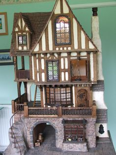Tudor dolls houses and fantasy dolls houses - Gerry Welch Manorcraft Dolls Houses