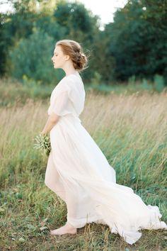 Natural & Organic Morning Bridal Shoot via Magnolia Rouge