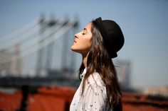 Rooftop in Brooklyn #fashionblog #fashion #photographer #mode #inspiration #lifestyle #hat #madewell #blogmode #brooklyn #rooftop