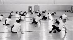 Ballet Dance Videos, Hip Hop Dance Videos, Dance Tips, Dance Choreography Videos, Dance Poses, Contemporary Dance, Modern Dance, Instructor De Zumba, Flexibility Dance