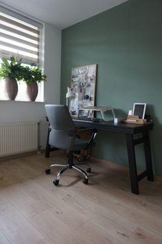 Woonblog by Flow Design   Werkkamer   Bureau Honk   Geordend Histor   Groen   Kurk