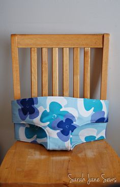 Sarah Jane Sews: Sew Baby Travel High Chair