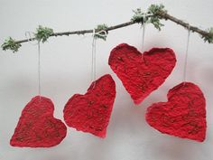 The gift that keeps on giving: These Valentine's Day cards are plantable! >> http://www.hgtvgardens.com/crafts/diy-valentines-gifts?soc=pinterest&s=2