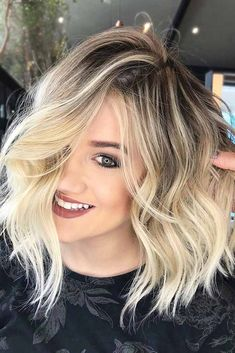Let us guide you in the world of medium hair styles. We have a collection of the trendiest hairstyles for ladies with shoulder length hair.#mediumhairstyles #mediumlengthhair #hairstyles