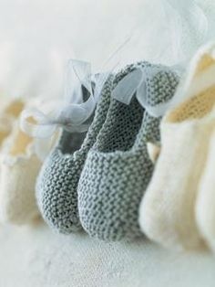 Garter Stitch Silk Slippers ~ Free Knitting Pattern