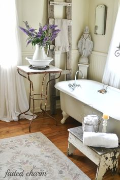 Happy Monday! It feels so good to have finally finished my Master Bathroom and I'm really happy with how it turned out.    I kept envis...
