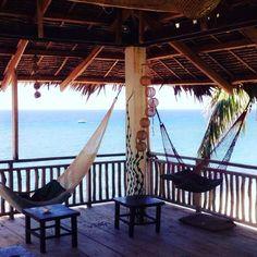 My home for the next few days #wanderer #wanderlust #philippines #philippines #asia #adventure #hammocklife #backpacking #1piece #anda #bohol #beachlife #wonderlust #traveller #traveltheworld #solotraveller by @lynnyara