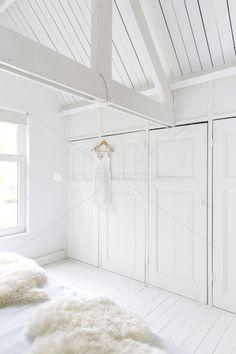 Turn Your Attic into a Bedroom - Attic Basement Ideas Attic Rooms, Attic Spaces, Dream Bedroom, Home Bedroom, Airy Bedroom, Bedrooms, Armoire Dressing, Interior And Exterior, Interior Design