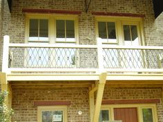 Decorative X rail with a medallions